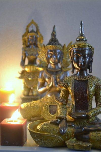 photo-statues-bouddha-bougies-perspective-dc2f8b6d8564dd354f96c6d3f0b1b2edd201aa3e