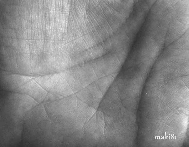maki81-autoportrait-e146133aa10a865e737a06b39840cfd51d3961a3