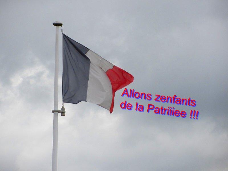 drapeau-0a19abca089ecb0e712e920b8247ee7cc83cfe4e