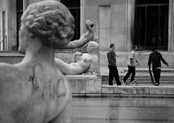 statues_skatteurs-e694d25f8fa357317b1c4994472c449958a34d68