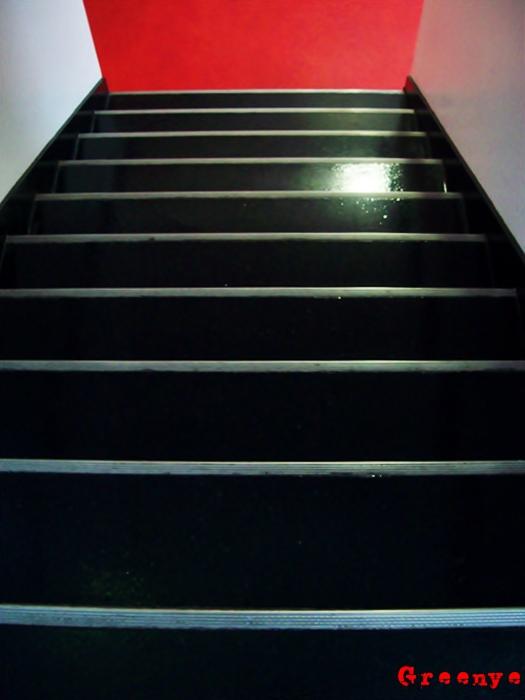 10-escalier-76faf174c9ccdcc8276670105ac474a840a3f994