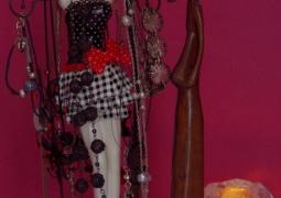 femme-objet-red-d7748d1d156a94755614364e356c5e92bd960b49