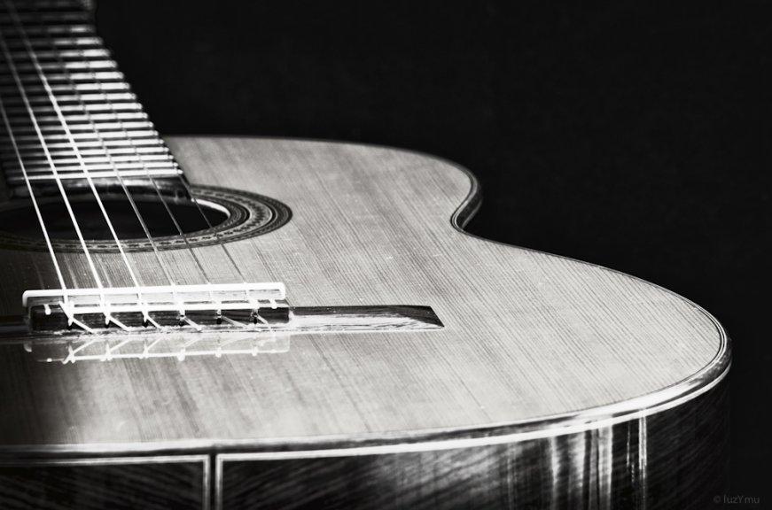 luzymu-lalettreb-guitare2-2152-418a3ade546986db2eb3b3d7e5e6a7499c11dca9
