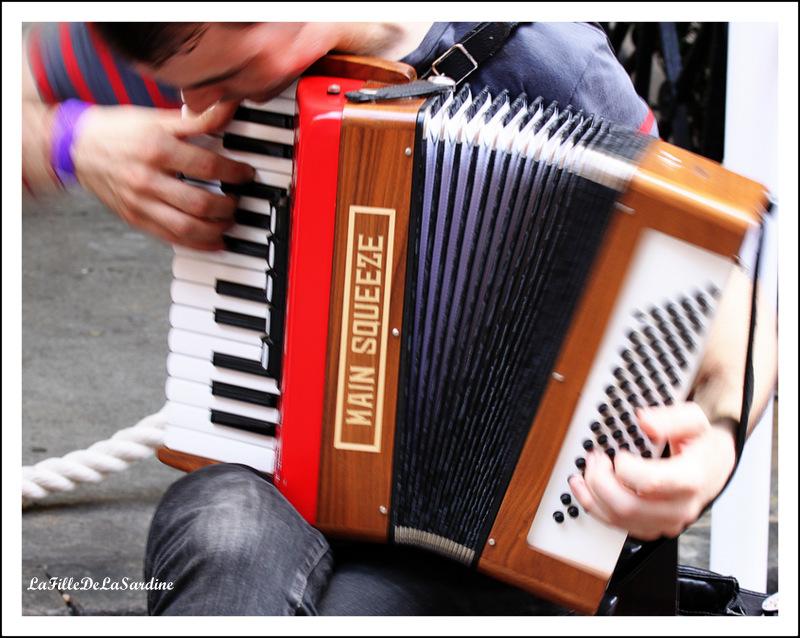 accordeoniste3-e51cb5daed75c2d2dbae26160d20020b564be1fd