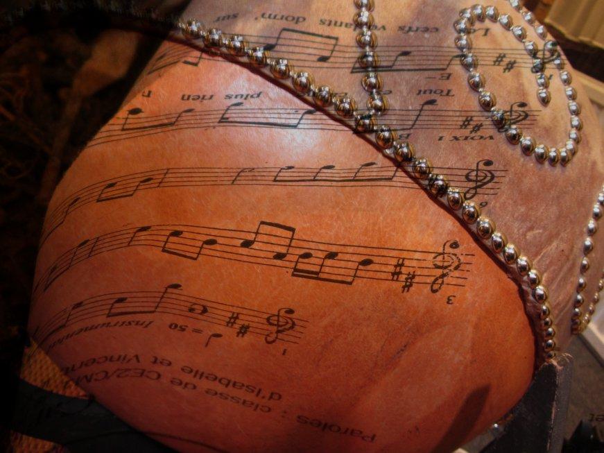 musique-et-note-65e654ff2a0c00c831f5e2cb0a551e33afa4c20a