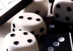 d-domino-des-jpg-n-et-b-coul-copier-f39aa7e5a42fd8bff3e75199f3cc7e658f57b29b