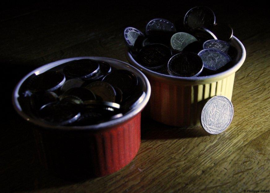 lettre-m-cupcake-of-money-59246a1975a9368bc513b2876e63777713dbbd2d