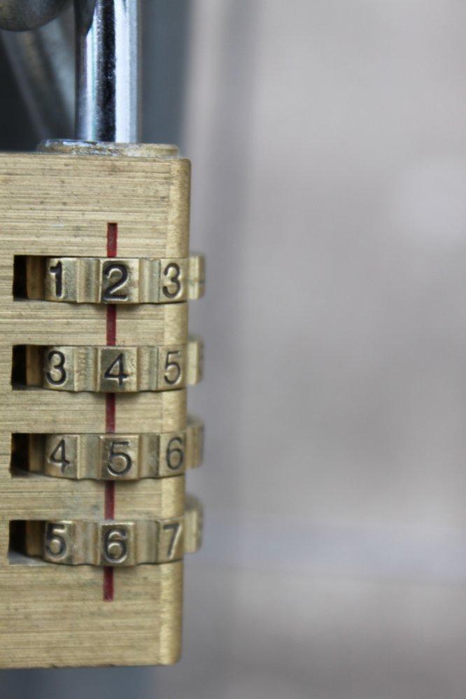 5_metal-12019e5bdf7c4cf272c223206b8db08b2d114148